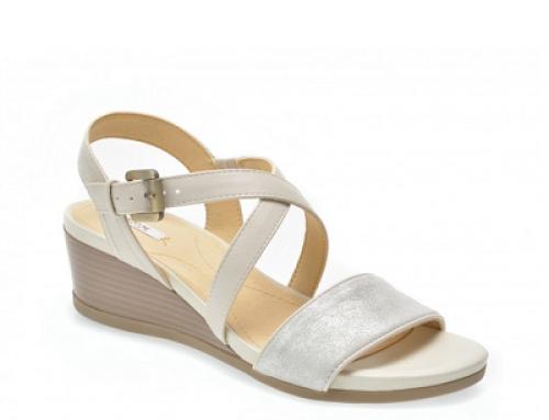 Sandale de damă albe și cu talpă comodă Geox D828Qa
