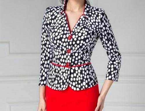 Costum de damă office cu sacou cu buline și fustă roșie, Andor DyF