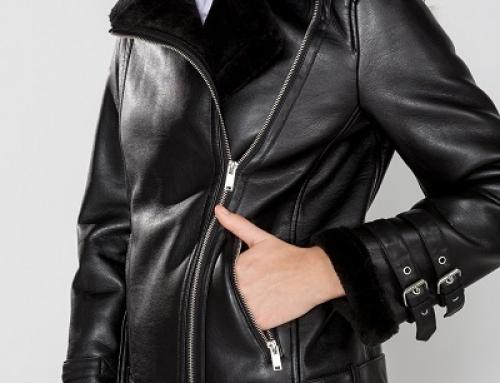 Geacă de damă scurtă neagră cu fermoar asimetric Vero Moda Elisa