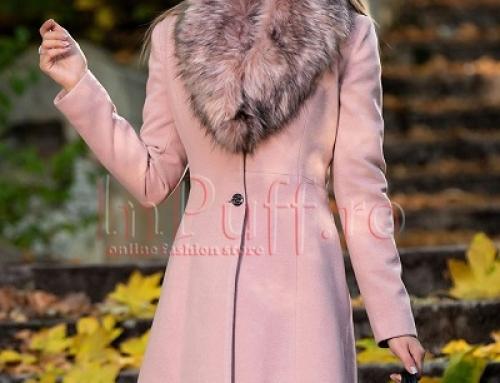 Palton de damă elegant roz cu blană detașabilă și umeri întăriți Kate Rose