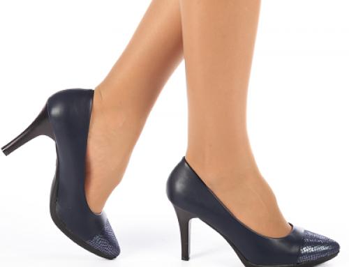 Pantofi de damă eleganți albaștri cu toc subțire mediu și vârf ascuțit Karin