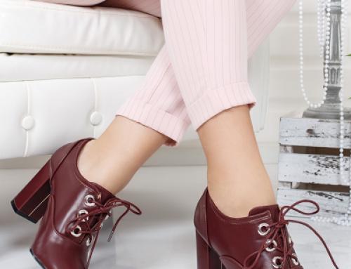 Pantofi de damă vișiinii cu toc gros și înalt, cu șireturi, Tunom Helia