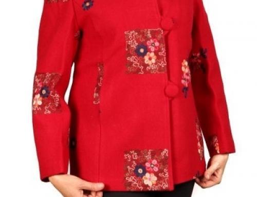 Sacou de damă Sabbia Amelie roșu și cu broderie florală multicoloră