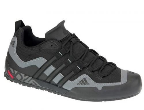 Pantofi sport bărbați Adidas Terrex Swift Solo negri cu plasă
