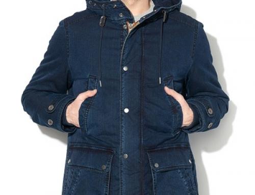 Jachetă bărbați din denim Pepe Jeans HW5DW cu glugă și guler înalt