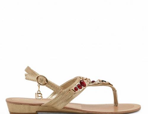 Sandale damă cu talpă joasă Laura Biagiotti Lilly GDW cu pietre decorative, aurii