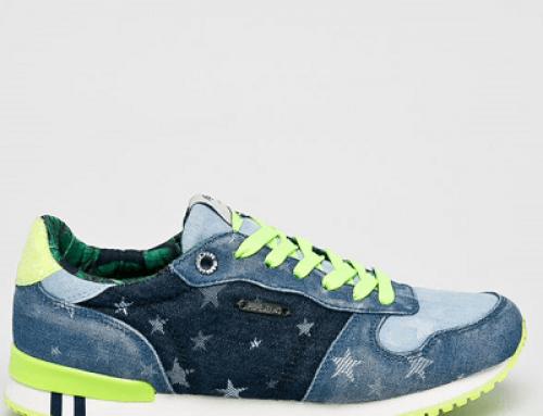 Pantofi sport damă Pepe Jeans Gesa cu imprimeu cu steluțe, albaștri, aspect denim