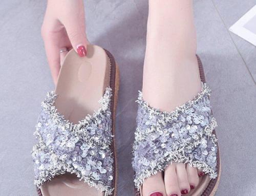 Papuci de damă Karly J-D4Q de stradă argintii cu paiete și barete încrucișate