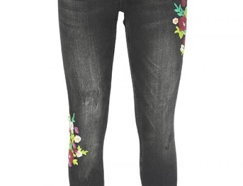 Blugi Zara Q-M24LW Lara de damă strâmți pe picior, cu broderie florală, negri