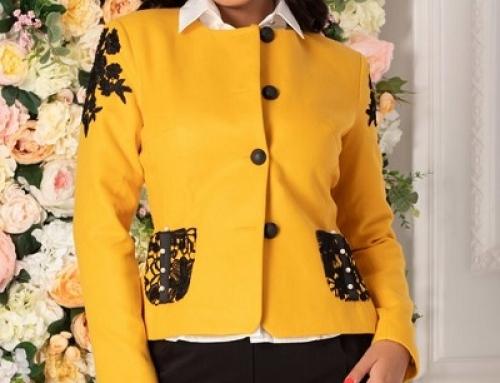 Sacou damă office Michelle J-B28SW LaDonna cu broderie și perle, galben muștar, cambrat
