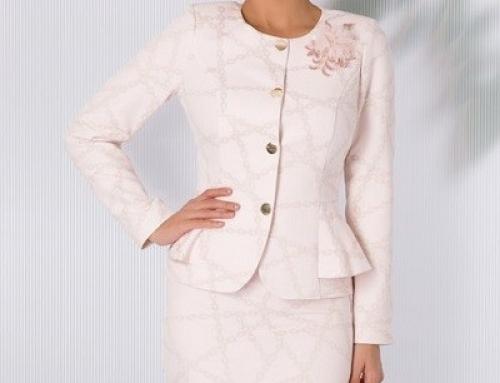 Compleu de seară Tyler GH56CS damă jacard roz cu flori 3D, cu sacou și fustă L.Collection