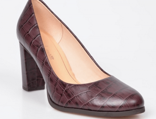 Pantofi office Clarks DQ679KN Aida de damă din piele naturală, vișinii