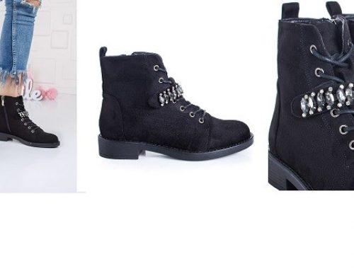 Promoția zilei: Ghete de damă reduse cu -53%, model casual negre cu aplicații decorative, Jehin