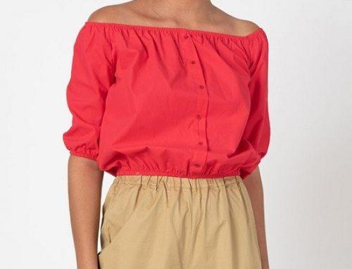 Bluză damă Hylda FL4W Trendyol fucsia cu mâneci medii, decolteu pe umeri și nasturi decorativi