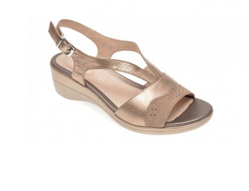 Sandale de damă UTH4EQ StoneFly aurii din piele naturală, Pasty, cu catarame metalice