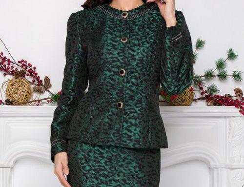 Costum de damă Zinnia S5MLGQU elegant verde cu fustă conică, sacou cambrat și umeri întăriți, Sarah