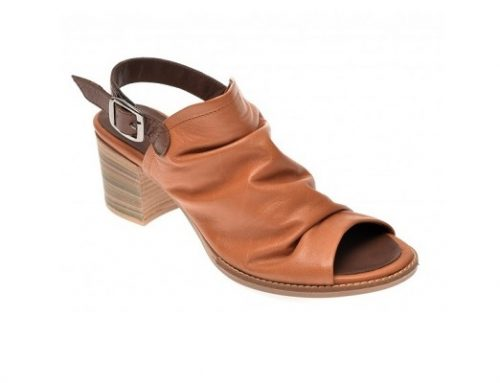 Sandale Flavia Passini de damă maro din piele naturală cu tocuri masive și vârf decupat
