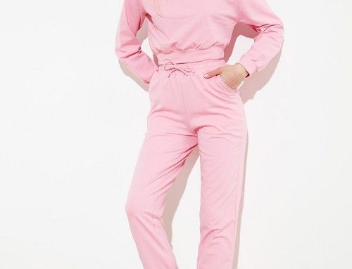 Trening de damă Trendyol roz din bumbac cu pantaloni cu talie înaltă și decolteu pe umăr