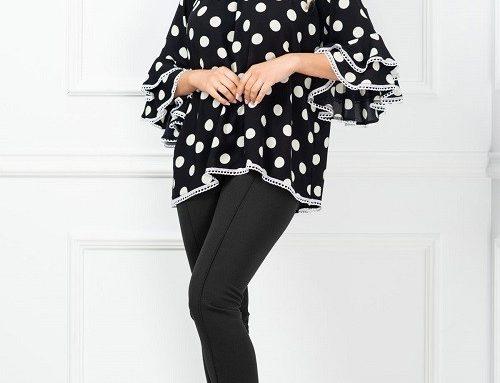 Compleu elegant InPuff Clara Basic de damă cu bluză neagră lejeră cu buline și pantaloni conici