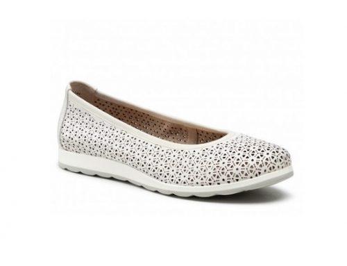 Pantofi fără toc Caprice de damă albi din piele naturală cu perforații și talpă joasă