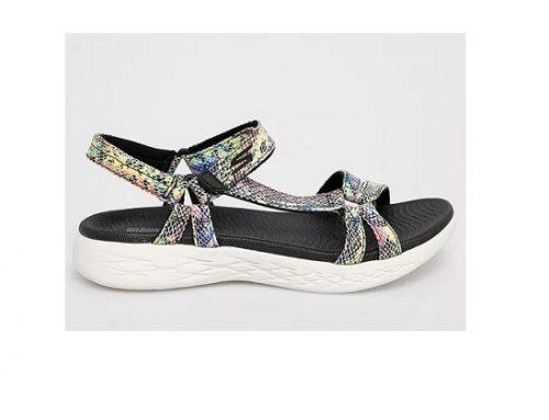 Sandale sport Skechers de damă multicolore cu talpă joasă și toc plat