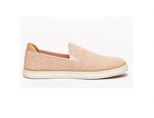 Pantofi de damă UGG casual roz slip-on cu toc plat și talpă joasă, din piele ecologică