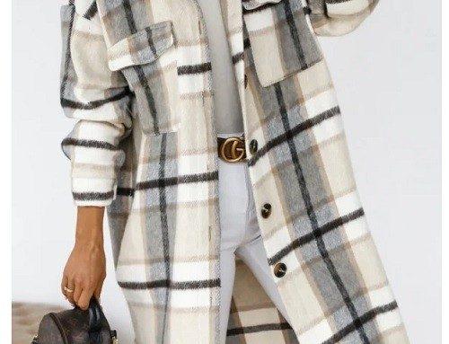 Cardigan de damă lung Chrysta din bumbac gros cu imprimeu în carouri, buzunare și nasturi