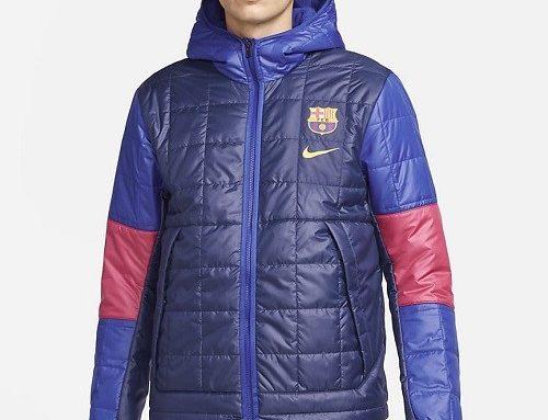 Geacă scurtă Nike F.C. Barcelona pentru bărbați impermeabilă, albastră, cu umplutură și glugă